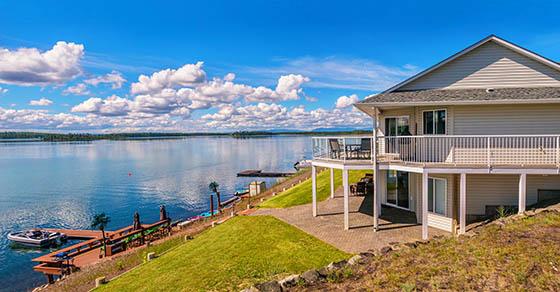 House on a lake shore